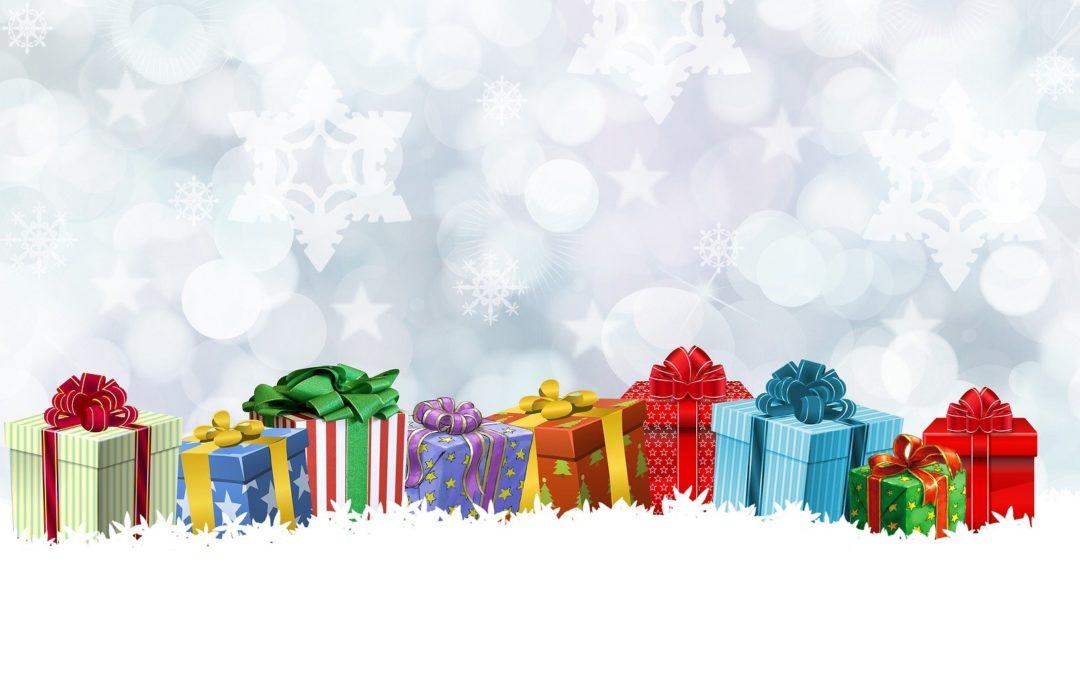 Weihnachtspäckchen-Packaktion im DAS ES! Esslingen – der Verein Rückenwind verpackt deine Geschenke, die Spenden gehen an uns!